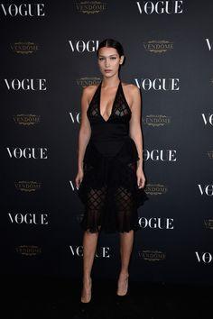 Bella Hadid en robe Balmain soirée vogue paris http://www.vogue.fr/mode/inspirations/diaporama/la-soire-des-95-ans-de-vogue-paris/22911#bella-hadid-en-robe-balmain