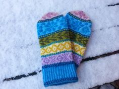 Wrist Warmers, Pattern Library, Knit Mittens, Loom, Free Pattern, Knitting Patterns, Gloves, My Favorite Things, Homestead