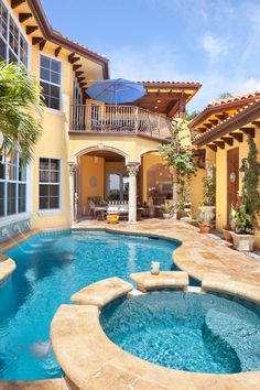 Amazing Mansions with Pools in Luxury Looks: Open Mansions With Pools Courtyard Area With Round Jaccuzzi Featured With Concrete Bench And Ba...
