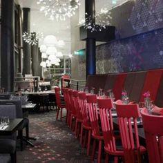 Restaurante do Hotel Rica Narvik, na Noruega. Projeto de Scenario Interiørarkitekter. #restaurant #restaurante #sentidos #sense #artes #arts #art #arte #decor #decoração #architecturelover #architecture #arquitetura #design #interior #interiores #projetocompartilhar #davidguerra #shareproject #rica #hotel #narvik #noruega #norway #europa #europe #scenario #interiorarkitekter