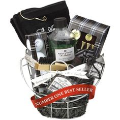 Luxury Golfers Gift Basket  http://www.treathim.com/product/golfers_gift_basket