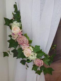 embrasse rideau florale rose et viorne cr es fabriqu es et assembl es dans notre atelier ces. Black Bedroom Furniture Sets. Home Design Ideas