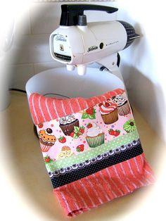 Lovely funky fun cupcake tea towel.