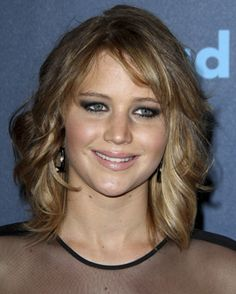 jennifer lawrence new haircut | Jennifer Lawrence showed off a new, shorter hairstyle over the weekend ...