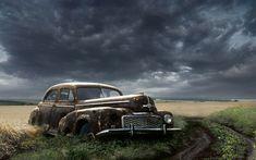 Old Abandoned Car   WallPho.