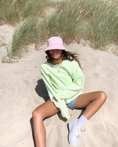 Outfits With Hats, Mode Outfits, Trendy Outfits, Fashion Outfits, Womens Fashion, Bar Outfits, Vegas Outfits, Woman Outfits, Fashion Hats