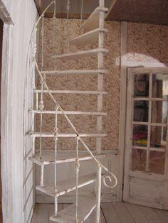 Mini daydreams: Kierreportaat / the spiral stairs