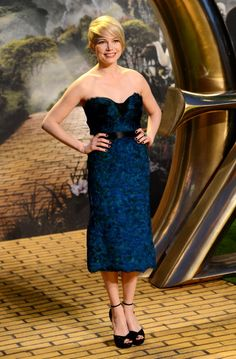 Oz: The Great And Powerful - UK Premiere - Red Carpet Arrivals - Michelle Williams in Burberry