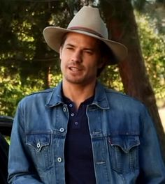 Raylan Givens - I miss him so much!