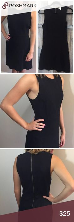 "J CREW BLACK Zipper Back Fit Flare Sleeveless 4 SIZE 4 - J.CREW BLACK Zipper Back Fit And Flare Sleeveless Dress  Good preowned condition  Length 33.5""  Waist 28""  Armpit to armpit 16"" J. Crew Dresses"