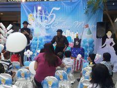 Entertaint magic show