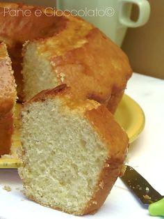 Bagel with yogurt Cake Calories, Torte Cake, Ricotta, Sponge Cake Recipes, Yogurt Cake, English Food, Italian Desserts, Almond Cakes, Sweet Cakes