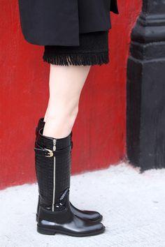 rainy days, rain boots, dione rain boots, style, my philosophie, sofia lascurain, transparent umbrella, jesus villanueva varela, purificación garcía, como vestirte cuando llueve,