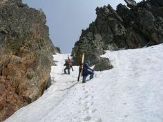 Punta Maladecia (m. 2745) dal Vallone di Sant'Anna Mountain Love, Land Scape, Mount Everest, Outdoors, Nature, Travel, Italia, Fotografia, Spring