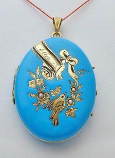 Victoria Kay White Diamond Halo Pendant in White Gold (I-J, - Top Drawer Jewelry Bird Jewelry, Enamel Jewelry, Jewelery, Antique Locket, Vintage Lockets, Antique Gold, Victorian Jewelry, Antique Jewelry, Vintage Jewelry