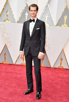 """#oscarfashion Actor Andrew Garfield attends the 89th Annual Academy Awards at Hollywood & Highland Center on February 26, 2017 in Hollywood, California. (Photo by Steve Granitz/WireImage) <br /><a rel=""""nofollow"""" href=""""https://www.yahoo.com/style/oscars-2017-vote-for-the-best-and-worst-dressed-225105125.html"""">Go here to vote for best and worst dressed.</a> </p>"""