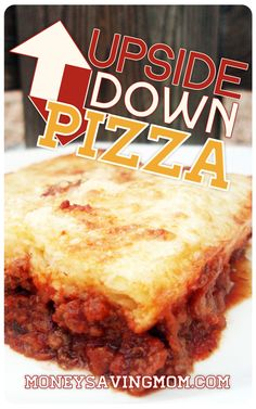 Upside-Down Pizza is an easy, kid-friendly, all-in-one dish. Add a bag of frozen veggies, and dinner is ready! (Sub THM on-plan flour) Beef Recipes, Real Food Recipes, Cooking Recipes, Yummy Food, Pizza Recipes, Fun Recipes, Pain Pizza, Pizza Pizza, Pizza Lasagna