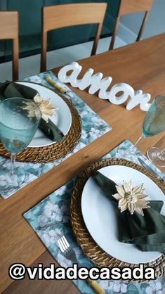 Picnic Decorations, Decoration Table, Proper Table Setting, Table Labels, Dinner Party Table, Dining Room Table Decor, Ethnic Home Decor, Autumn Decorating, Table Set Up