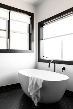An Affordable Black and White and Modern Home Decor Renovation: Modern Bathroom Contemporary Home Decor, Modern Decor, White Bathroom, Modern Bathroom, Bathroom Ideas, Boho Bathroom, Small Bathroom, Home Renovation, Home Remodeling