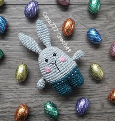 Download Easter Bunny Amigurumi Pattern (FREE)