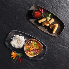 Special-Angebot 🍜🍤🥑🌶🥢 Vom Mo 18.  - Sa 23. März erhältst du in unserem Restaurant im Glatt und an der Josefstrasse das Panaeng-Curry mit Poulet und 4 Frühlingsrollen für CHF 22.00* Beispielbild