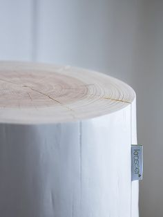 Hviit // Love your style, love your home: Design med norske røtter Accent Furniture, Diy Furniture, Furniture Design, Le Manoosh, Love Your Home, Neutral, Scandinavian Interior, Wood Blocks, Decorating Your Home