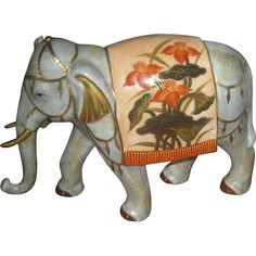 This Japanese elephant is about 11 inches long and about 7 inches tall. This elephant is beautifully decorated and very realistic. Elephant Parade, Elephant Love, Elephant Silhouette, Elephants Never Forget, Elephant Figurines, Japanese Porcelain, Decorative Accessories, Painting, Beautiful