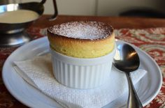 Food Wishes Video Recipes: Grand Marnier Soufflés – Rising to the Occasion on. Food Wishes Video-Rezepte: Grand Marnier Soufflés - Anlass zum Valentinstag Souffle Recipe Dessert, Grand Marnier Souffle Recipe, Dessert Recipes, Best Souffle Recipe, Just Desserts, Delicious Desserts, Vanilla Desserts, Custard Desserts, Gourmet
