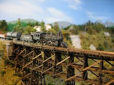 Model Railroad Wordless Wednesday Images: Jim O'Connell's Z Scale Trestle