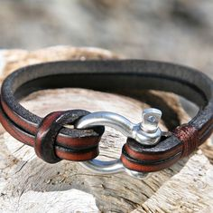 Brown+Leather+Bracelet+with+a+Nautical+Grade+Omega+Shackle+Clasp many more brackets here http://www.forthemanilove.com/oz-wrist-gear.html
