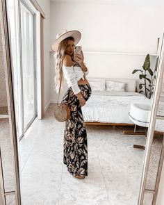 20 Comfy and Cozy Pregnancy Outfits for Cute Casual Simple Stylish Look - Lifestyle State - Check latest hot pregnancy outfits stylish maternity, pregnancy outfits casual leggings, pregnancy - Cute Maternity Outfits, Stylish Maternity, Maternity Pictures, Maternity Wear, Maternity Dresses, Stylish Pregnancy, Pregnant Outfits, Pregnancy Fashion, Summer Maternity Fashion