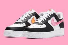 RELEASE 🖤💗🧡 Ga voor een strakke look in de Nike Air Force 1 '07 'Pink Glow', fris leer, opvallende kleuren en een parelmoeren glans op de swooshes, 1 roze en een oranje swoosh van satijn. Air Force Sneakers, Nike Air Force, Sneakers Nike, Shoes, Fashion, Nike Tennis, Moda, Zapatos, Shoes Outlet