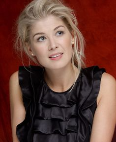 #34 Rosamund Pike - Top 99 Outstanding Women 2015 - AskMen