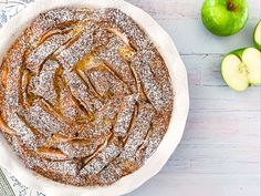 Brown sugar, cinnamon and apple giving apple pie flavours to this twist on a traditional bread & butter pudding. Apple Cinnamon Bread, Apple Bread, Cinnamon Apples, Apple Pie, Pie Flavors, Bread And Butter Pudding, Apple Butter, Quick Bread, Pie Dish