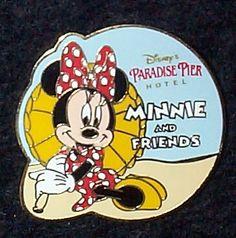 disney minnie collector's pin