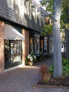 Gallery On Merchants Square Williamsburg Va Carries Paintings And Sculpture By Elished Artists