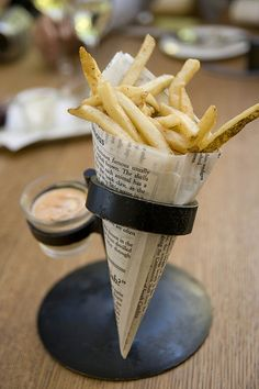The best of restaurants serve the French fries in a French fry cone itself, thus looks attractive for the customers, along with the gourmet dipping sauces. Description from french-fry-paper-cones-2536.caribbeanexperience.biz. I searched for this on bing.com/images