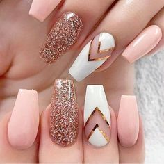 Baby Pink and Rose Gold Nails - Rose Gold Glitter Nails - Gorgeous Rose Gold Nails Perfect For Summer -Rose Gold Nail Polish, Rose Gold Chrome Nails, Rose Gold Glitter, Rose Gold Gel Nails Stylish Nails, Trendy Nails, Nagellack Trends, Pretty Nail Art, Nail Designs Spring, Gold Nail Designs, Classy Nail Designs, Rose Gold Nail Design, Designs For Nails