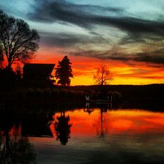 Holt took us to see a gorgeous sunset at Mountain Island Lake in #Huntersville NC.