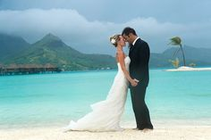 my plan- bora bora wedding ! I would love to do a tropical wedding!