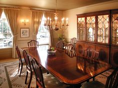 8 Elegant Victorian-Style Dining Room Designs : Decorating : Home & Garden Television