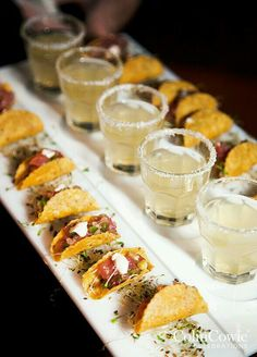 Pairing miniature passed appetizers with complimenting cocktails makes for a chic combination guests will love. Appetizers, Party Food Ideas, Finger Foods, Wedding Food food catering 12 Tiny Wedding Treats That Will Satisfy Big-Time - Wilkie Snacks Für Party, Appetizers For Party, Appetizer Recipes, Appetizer Ideas, Party Recipes, Mexican Appetizers, Healthy Appetizers, Bridal Shower Appetizers, Elegant Appetizers