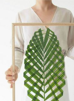SUMMER DIY PROJECT: FRAMED PALM LEAF | THE STYLE FILES