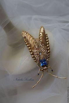 Купить Золотой мотылёк брошь - золотой, мотылек, золотой мотылек, брошь-мотылек, золотое шитье