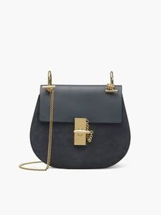 Discover Drew Shoulder Bag and shop online on CHLOE Official Website. 3S1031H5I