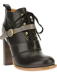 CHLOÉ Lace-Up Ankle Boot