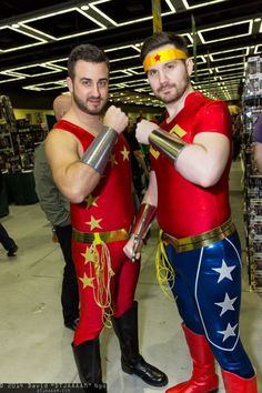 Never seen done, way to nut up for this cosplay! Wonder Girl and Wonder Woman, err.Wonder Boy and Wonder Man Wonder Woman Makeup, Wonder Woman Party, Wonder Man, Wonder Woman Comic, Wonder Boys, Male Cosplay, Best Cosplay, Awesome Cosplay, Anime Cosplay