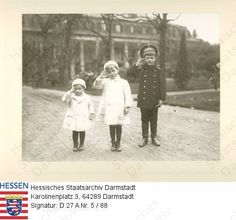 Tsarevich Alexei with his cousins George Donatus and Ludwig of Hesse: 1910.