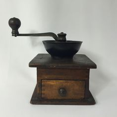 Vintage Primitive Wooden Drawer coffee Grinder Wood Dovetails Cast Iron Hand ...