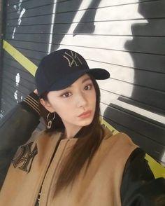TWICE × MLB(KOREA)  171026 Instagram